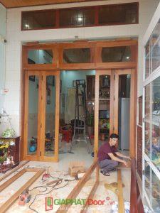 thi công cửa gỗ tự nhiên đẹp