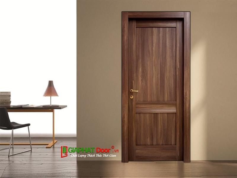 dùng cửa gỗ công nghiệp có bền không