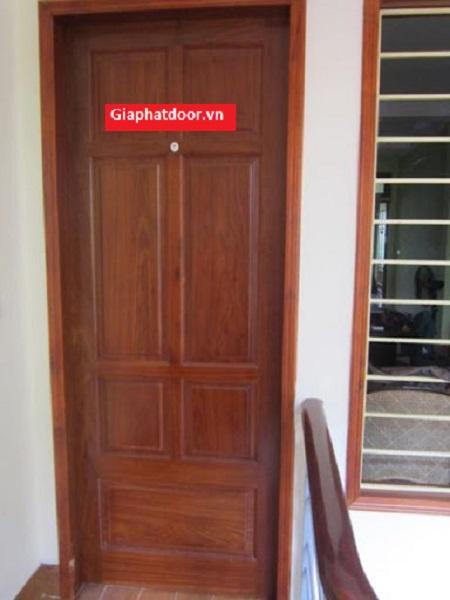 Mẫu cửa gỗ cao cấp chất liệu Chò
