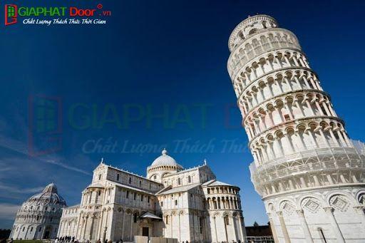 Kiến trúc Roman tháp nghiêng Pisa